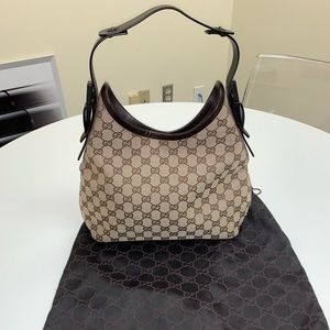 AUTHENTIC! WORN TWICE! LIKE NEW! Gucci bag